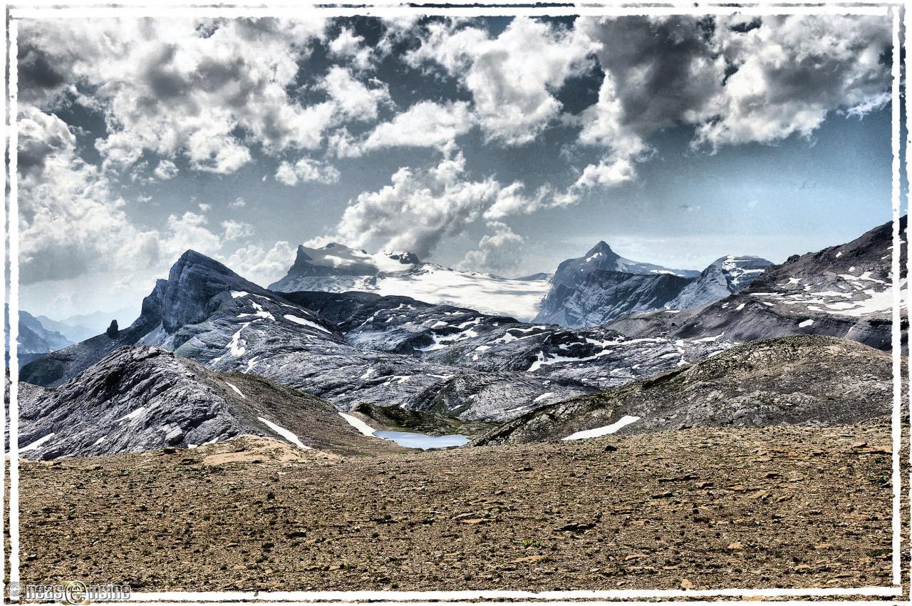 Le glacier des Diablerets vu du Col de la Selle