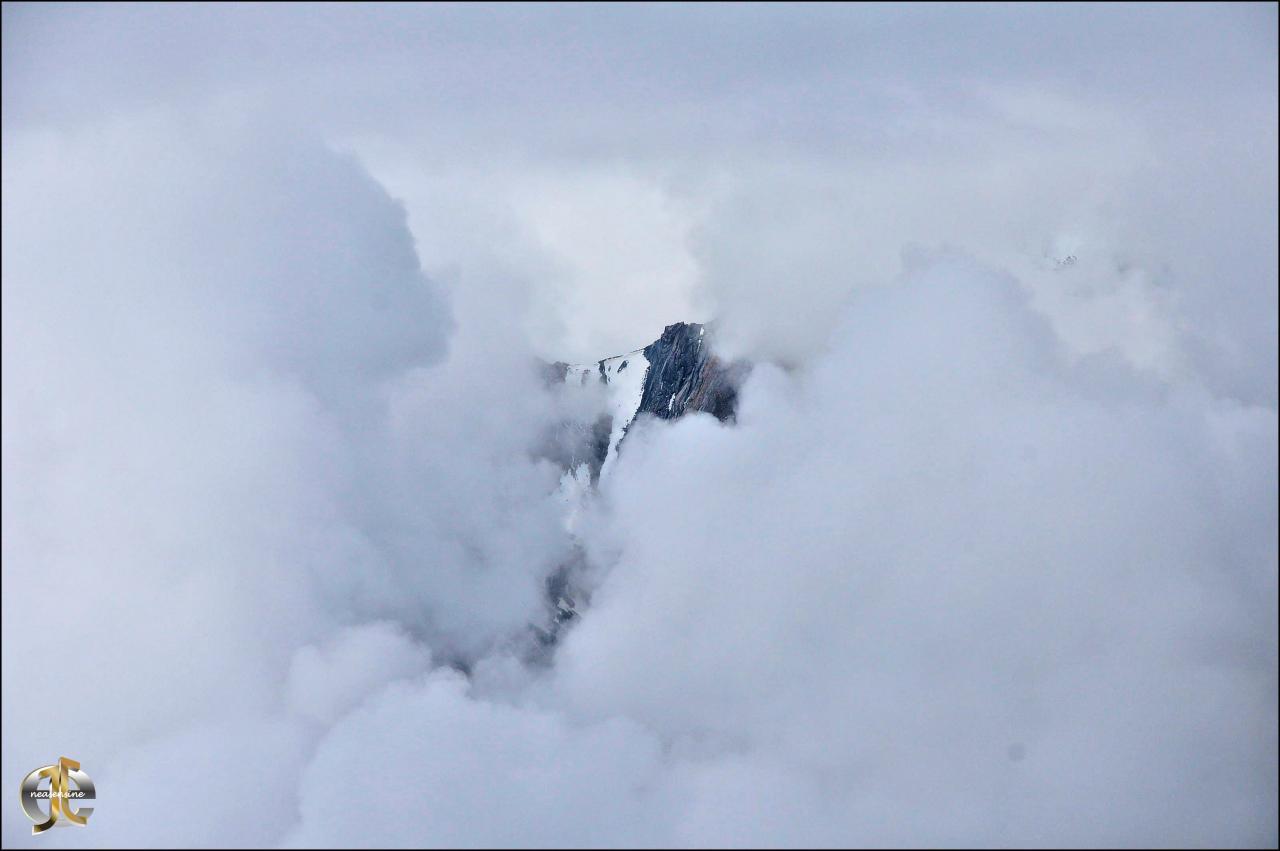 Manteau nébuleux sur le Haut-de-Cry