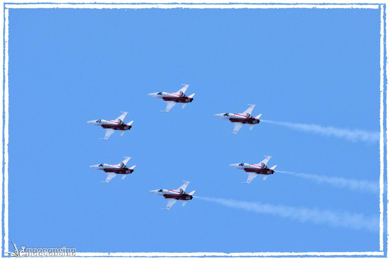 Patrouille suisse (Air Show Sion 2011)