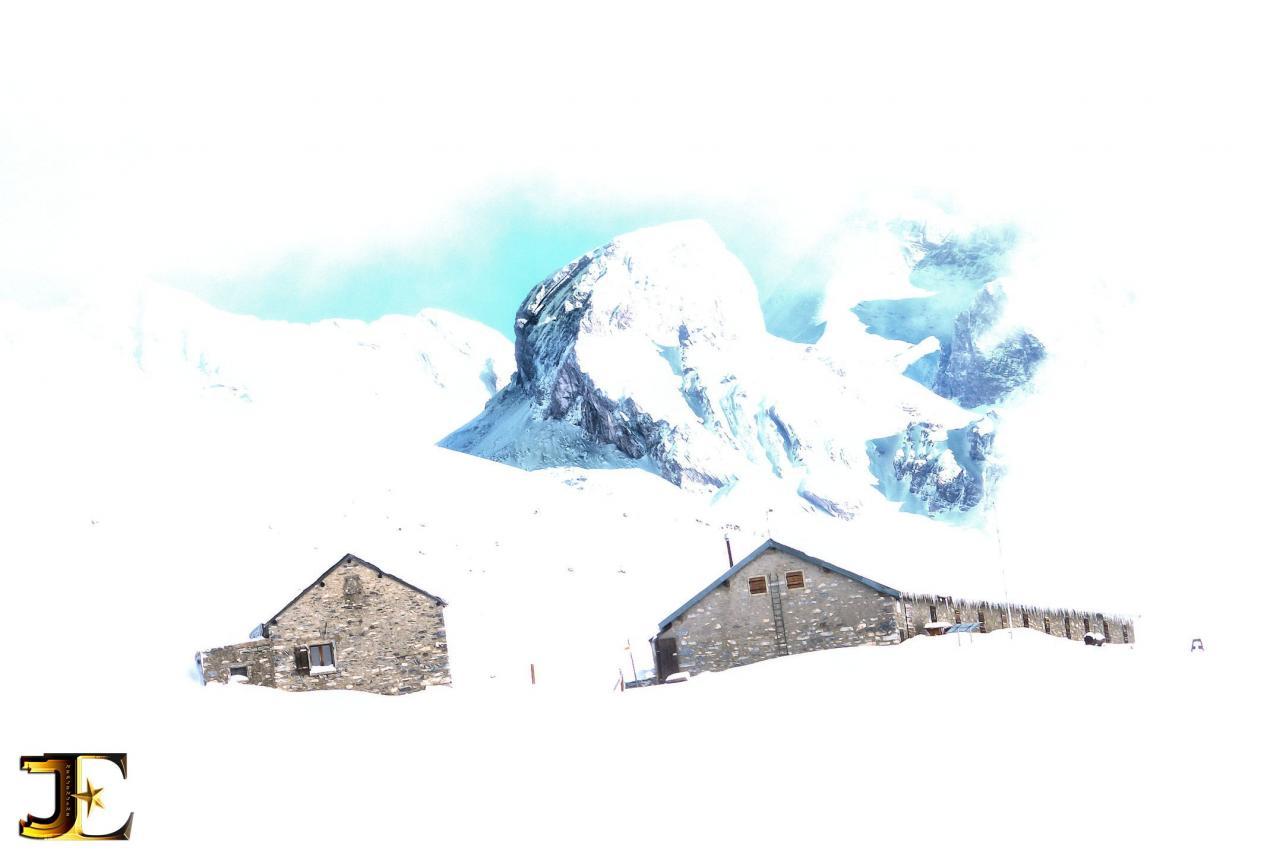 Fenêtre sur l'alpe