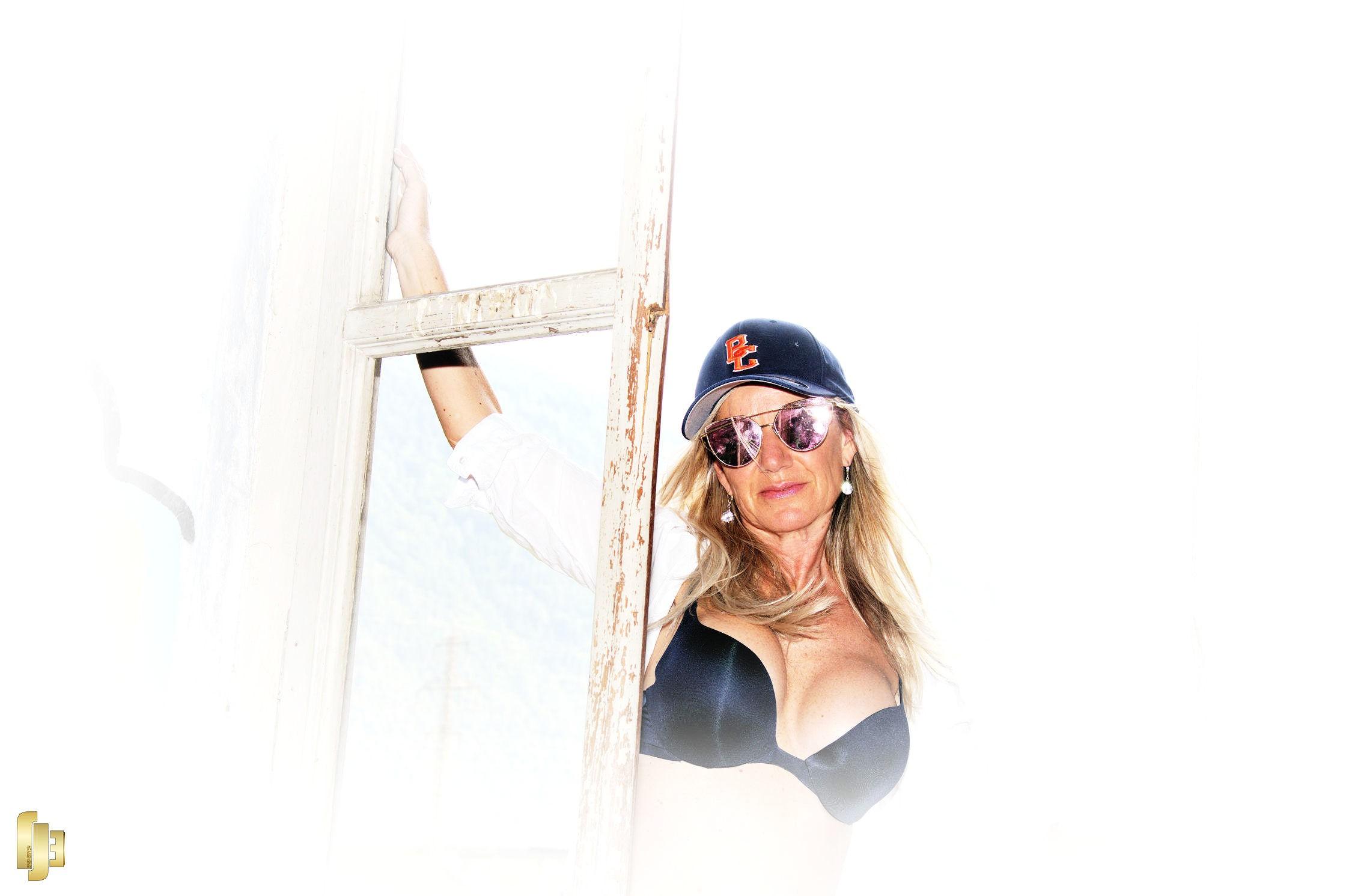 Olivia de la Riviera