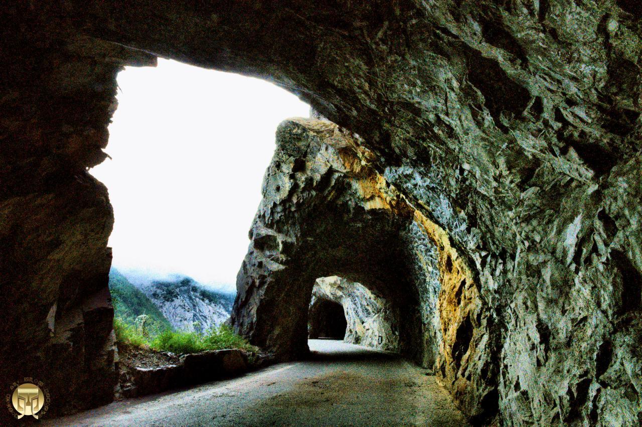 Les tunnels de Derborence